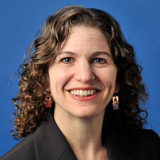 Zoe Neuberger